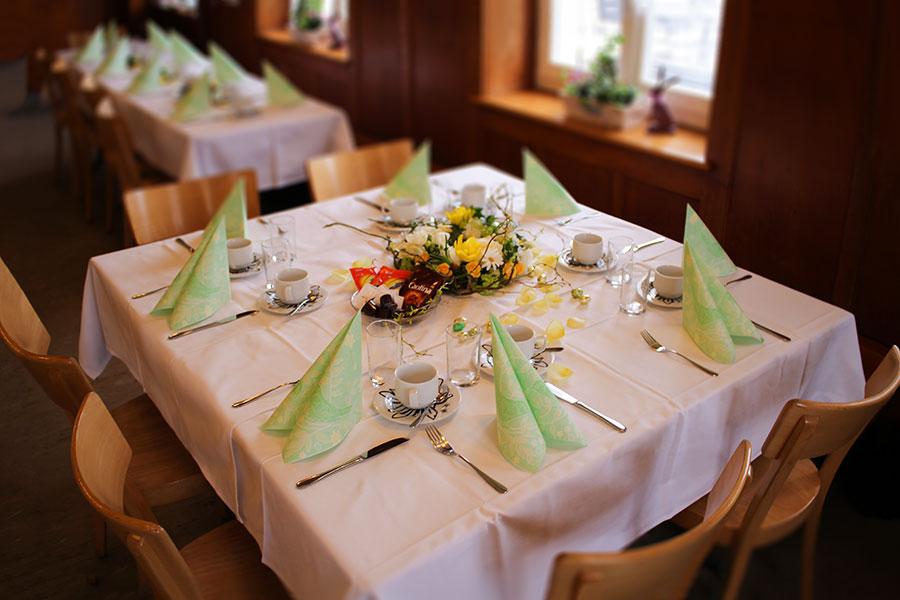 Restaurant Untergrenchenberg - Restaurant Ostern Gedeckt