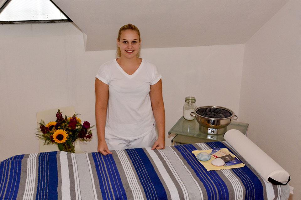 restaurant-untergrenchenberg_tatjana-gyr_massage_img_7932_01